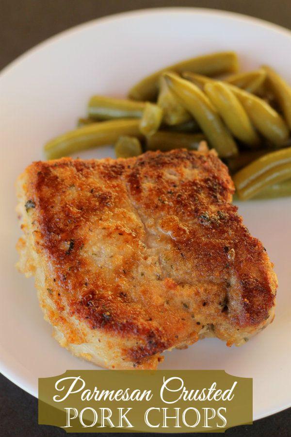 Delicious Pork Chops - Parmesan Crusted!! Recipe on { lilluna.com }