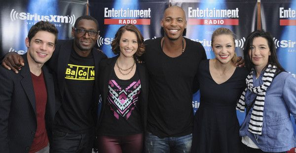 Chyler Leigh Photos - Actors Jeremy Jordan, David Harewood, Chyler Leigh, Mehcad Brooks and Melissa Benoist and executive producer Ali Adler attend SiriusXM's Entertainment Weekly Radio Channel Broadcasts From Comic-Con 2015 at Hard Rock Hotel San Diego on July 11, 2015 in San Diego, California. - SiriusXM's Entertainment Weekly Radio Channel Broadcasts from Comic-Con 2015
