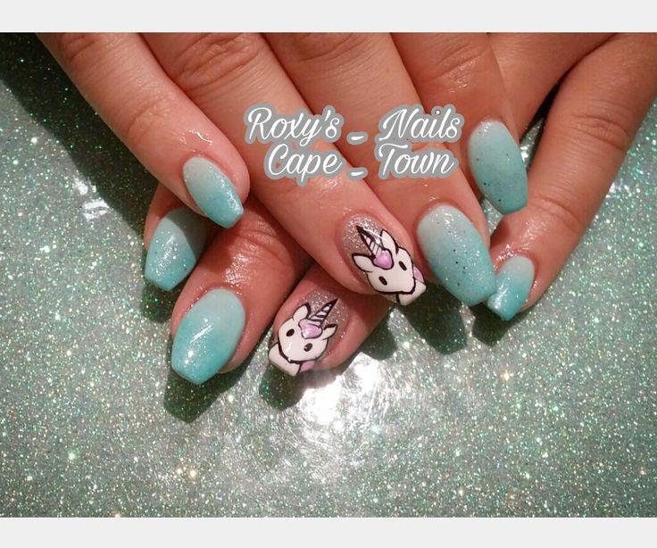 Unicorn nails @roxysnails