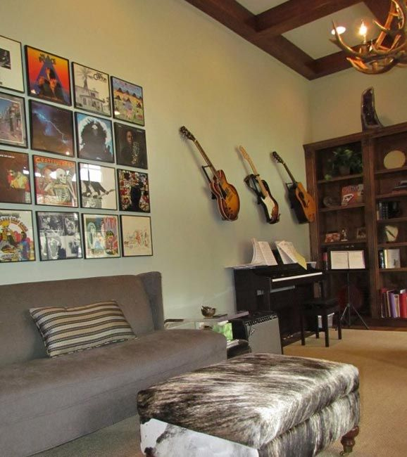 Music Studio-- love the arrangement and decor, maybe just different colors for Nate and the guys