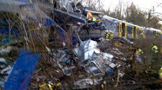Paralia News- (Breaking News): Σύγκρουση τρένων στη Βαυαρία