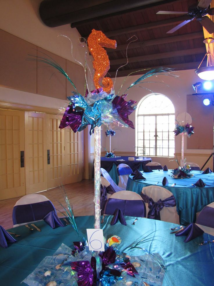 1000 images about quince center pieces and party favors for Balloon decoration companies