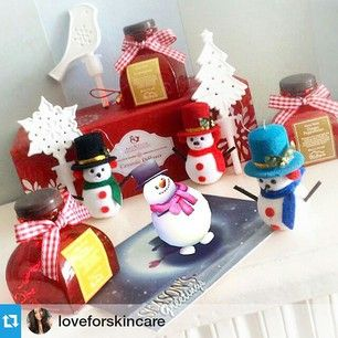 mtsapola #Repost @loveforskincare ・・・ Meet Jolly, @mtsapola 's dancing snowman!  Simple scan the postcard with MARC app!️ Take a snapshot & Hashtag #scentupwithjolly & you will stand a chance to win Mt. Sapola Christmas Gift Sets!  This photo by @loveforskincare is too adorable Thank you for dressing up Jolly!