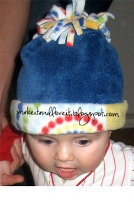 fleece hat tutorial: Snow Hats, Sewing Crafts, Fleece Ideas, Diy Fleece, Baby Hats, Baby Sewing Projects, Pom Pom, Fleece Projects, Fleece Hats