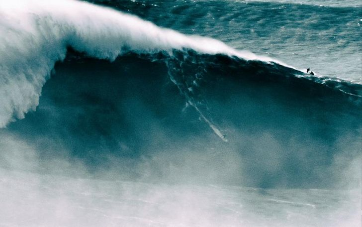 Benjamin Sanchis enters the Guinness World Records with a 33-meter wave