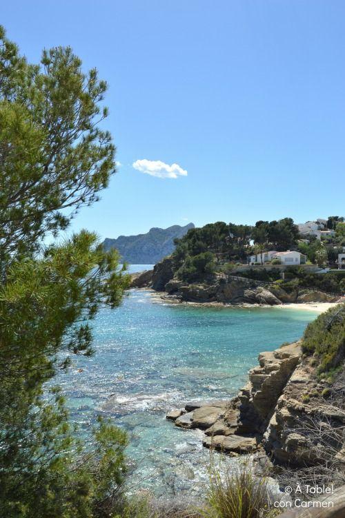 Es primavera, estás por la zona de Alicante o Valencia , hace un día radiante, de esos de cielo azul intenso, nítido, con u...