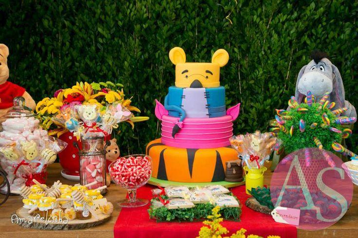 Winnie the Pooh and friends creative cake! =o) Criativo bolo de Ursinho Poof e seus amigos! =o)