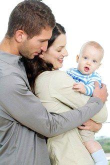 5 Tipps um den Baby-Blues zu überwinden - Baby Blues: Wie überwindet man die Postpartum Depression? - Bei den meisten jungen Müttern dauert diese depressive Phase nur einige Tage, maximal eine Woche. Die Dinge werden sich schnell wieder legen sobald der Organismus nach und nach wieder zu seinem hormonellen Gleichgewicht findet...