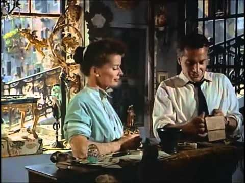 1955 Summertime with Katharine Hepburn and Rosanno Brazzi in Venice. Fabulous. Love the outfits, the city, the story.