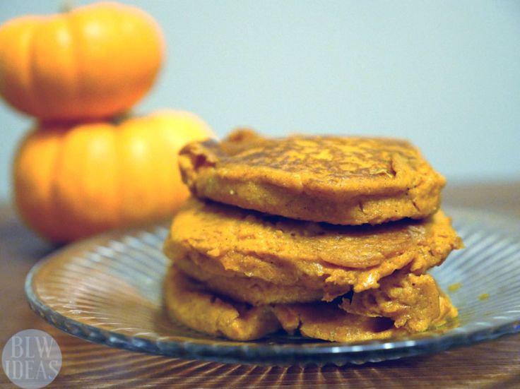 Baby-Friendly Pumpkin Pancakes (baby led weaning)  Using some pumpkin puree, this pancake recipe has no added sugar and is a great fall snack or breakfast idea for your baby or toddler! Add some sweet cinnamon glaze, and you can enjoy them too!