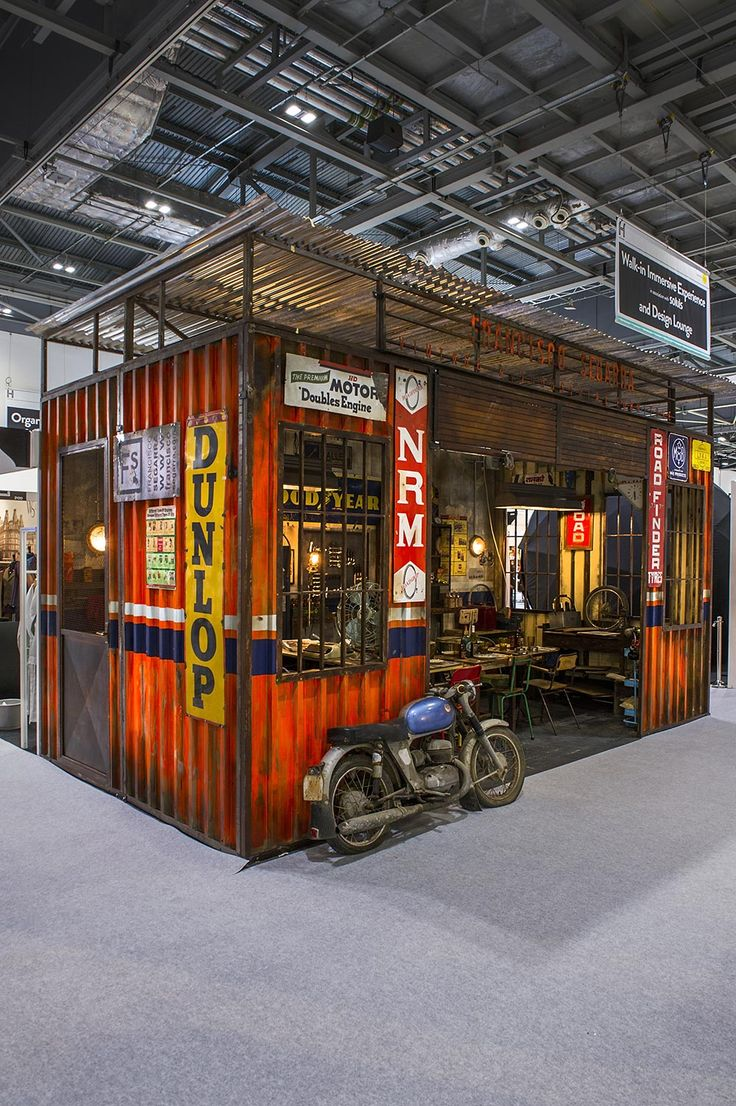 1582 best images about container cafe mobile eatery on for Agencement de stand