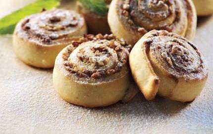 Karanfilli Çörek
