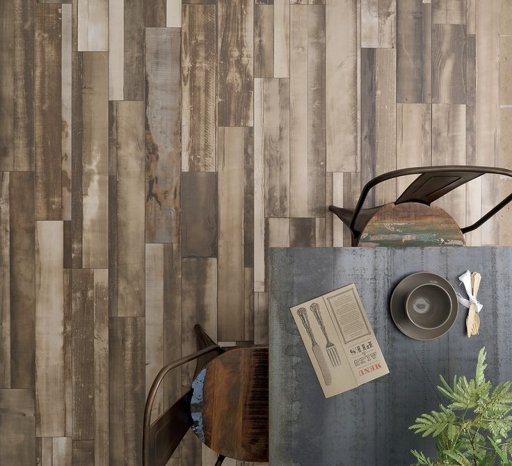 No 1596 Great use of wood effect tiles