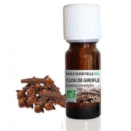 L'huile essentielle de Clou de Girofle est connue pour ses effets apaisants dans les soins bucco-dentaires où elle est traditionnellement utilisée pour favoriser l'haleine fraîche. C'est aussi un très bon stimulant, elle tonifie le corps et l'esprit et s'avère être un bon répulsif contre les insectes (moustiques, mites).