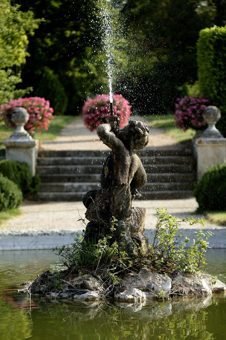 Water Gardens: 177 Best Images About Garden Statues On Pinterest