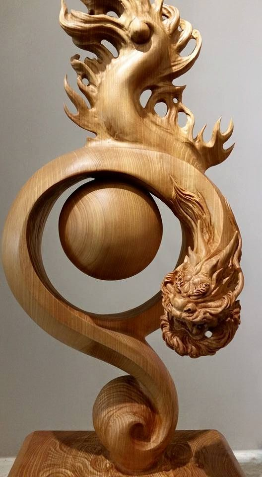 wood sculpture by Guanxiaoqin