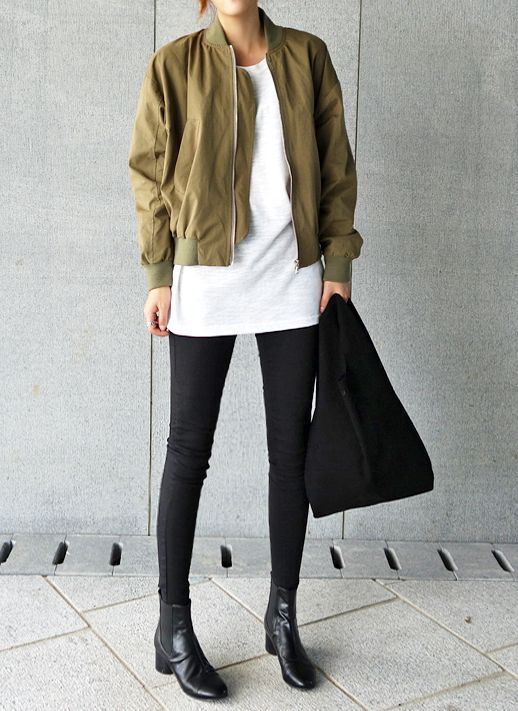 A Casual Cool Way To Wear A Bomber Jacket | Le Fashion | Bloglovin'