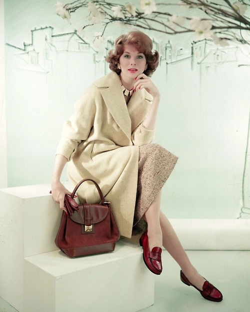 129 best images about suzy parker on pinterest actress for Minimalist living by genevieve parker hill
