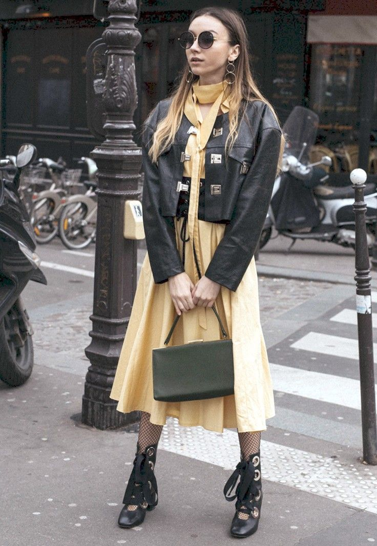 PFW Day 3: Hoops and Corsets - Click for The Fashion Cuisine in Music Ambiance http://gv.lauderlis.net/the_fashion_cuisine_3.php