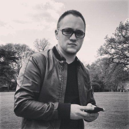 La mijlocul lunii mai, Extended.ro anunta relansarea. Pentru a afla mai multe despre exigentele pietei autohtone de e-commerce si tendintele din domeniu, Adrian Pintilie (co-fondator, creative director & managing partner la Ultimate Interactive Studio, managing partner Extended.ro) ne-a raspuns la cateva intrebari in acest sens.