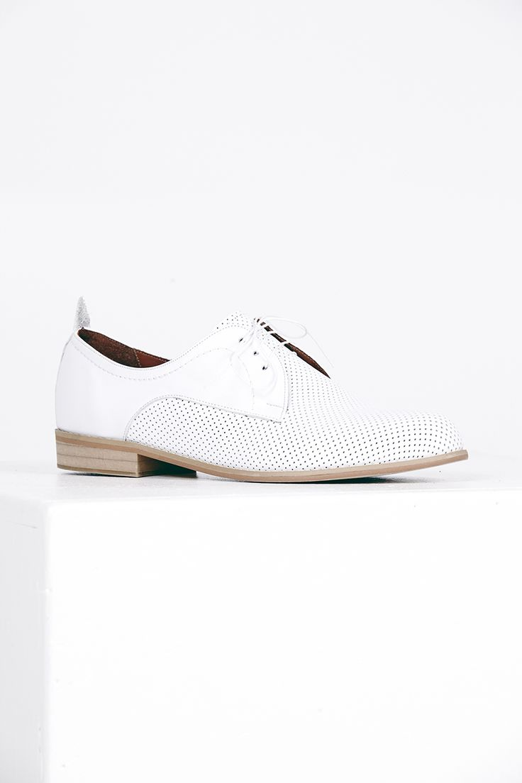 "2-tone Darby Flat.  Kuwaii SS 14/15 ""Rationale"" Collection. Image by Daniel Gurten."