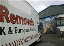 The road head saves your time by putting you in touch only with removal companies who can complete your move.