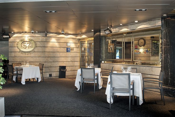 Mesas en el restaurante puerta 57 puerta 57 pinterest for Puerta 57 restaurante
