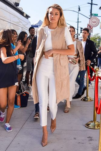 17 Best Ideas About Celebrity Street Styles On Pinterest