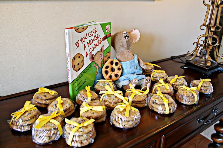 storybook baby shower | Front Porch Sittin' with the Fentons: Storybook-Themed Baby Shower