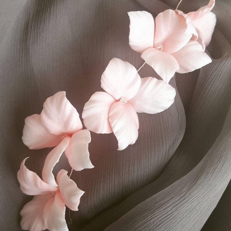 Dusty Pink Flower Headpiece