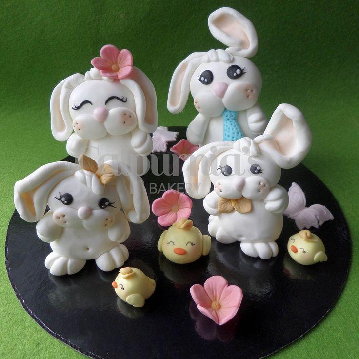 Family fondant bunnies
