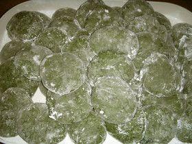 蓬の葉っぱで作る蓬餅
