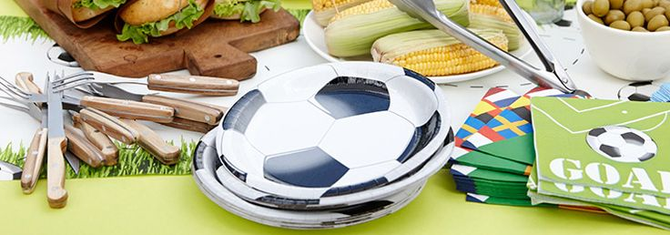 Fantastic for soccer-themed parties, the Soccer range comprises matching napkins, plates and a fun referee's whistle.