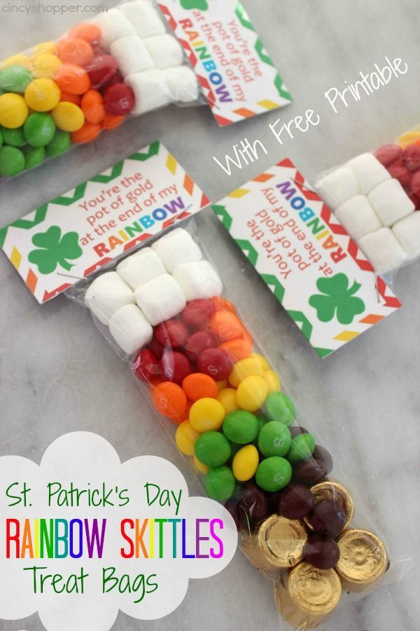 St. Patrick's Day Rainbow Skittles Treat Bags with FREE Printable Tag. Perfect and inexpensive treat idea for St. Patrick's Day. The kiddos will love them.