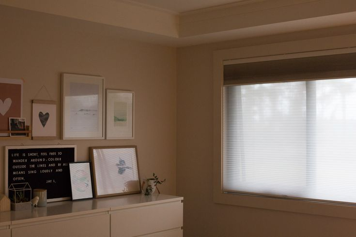 Bedroom Details - Cordless Day & Night Honeycomb Blinds
