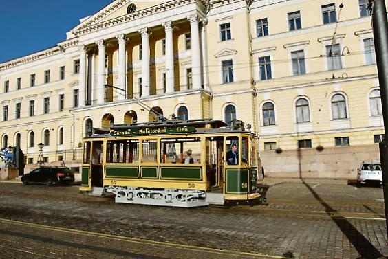 Ride with a 104 years old tram in Helsinki!