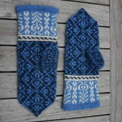 The Tulip Mittens Knitting Kit  Ladies' mittens knit in fair isle technique using Jamieson's Shetland Spindrift yarn.