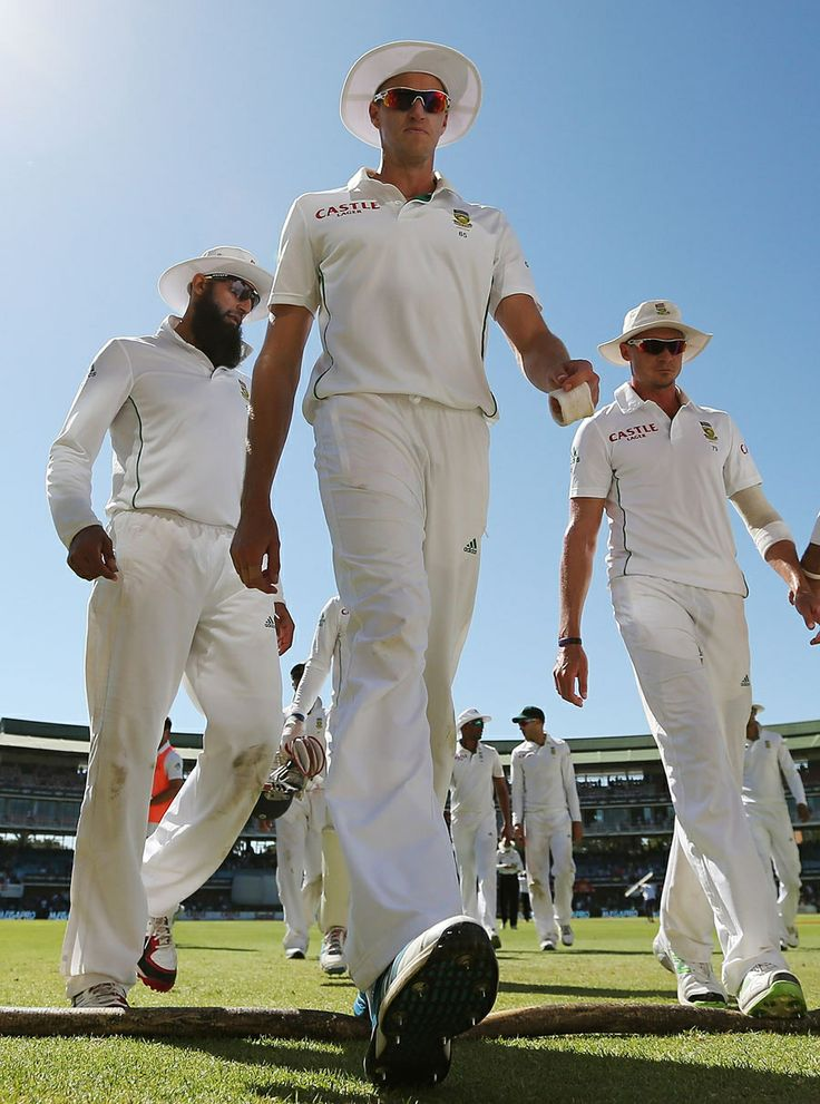 Morne Morkel, Dale Steyn and Hashim Amla walk back after South Africa's win, South Africa v Australia, 2nd Test, Port Elizabeth, 4th day, February 23, 2014