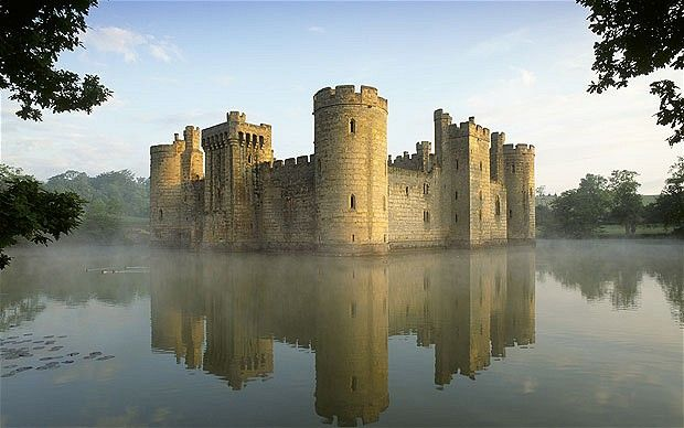 Britain 39 S 12 Best Castles Hotels Nearby French And