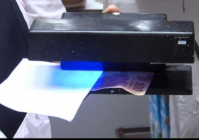 ¡No caiga en la trampa! Cómo identificar billetes falsos