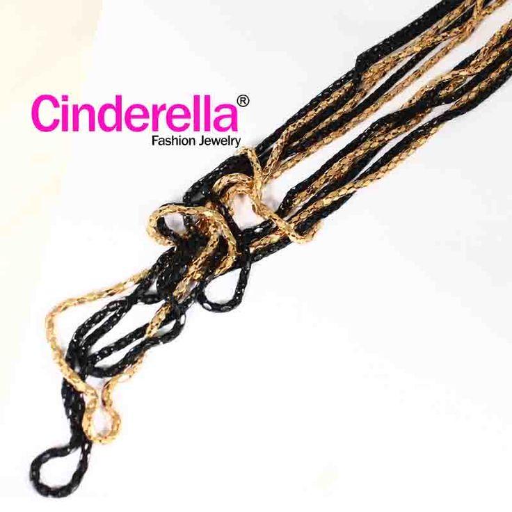 Kalung Rantai dengan motif rantai berwarna emas dan hitam berkualitas tinggi, cocok bagi ladies yang menyukai gaya unik. Cocok digunakan untuk sehari-hari, Formal maupun hangout, pesta. yuk keep Fashionable and Modis with CInderella ^ - ^