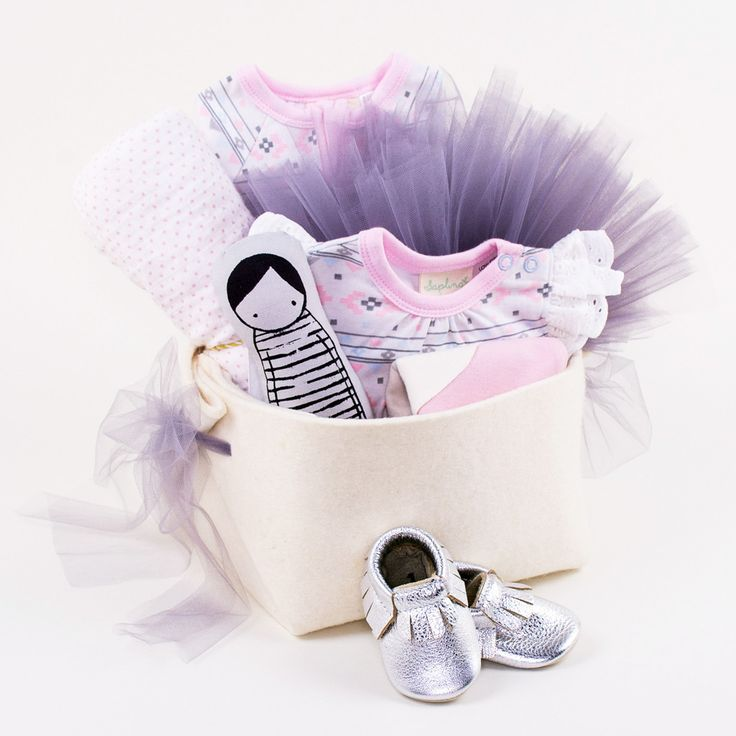 Luxury Baby Gift Hamper : Best ideas about girl gift baskets on