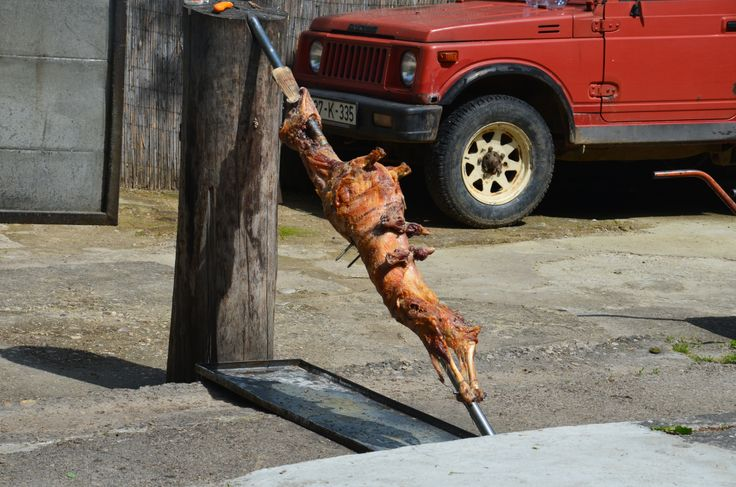 somewhere in Bosnia, lunch time