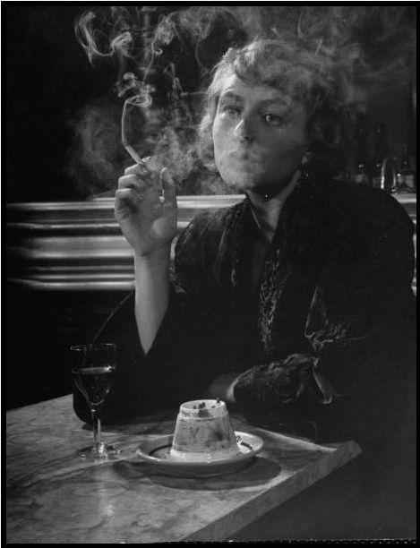 ingrid bergmanPhotography Trois, Smoke Woman, Vintage, 1940S, Peter O'Tool, Ingrid Bergman, People, Peter Stackpole 1946, Fashion Smoke