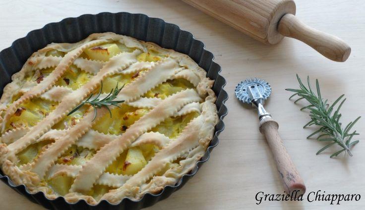 Crostata+rustica+con+patate+e+cipolla+rossa+di+Tropea