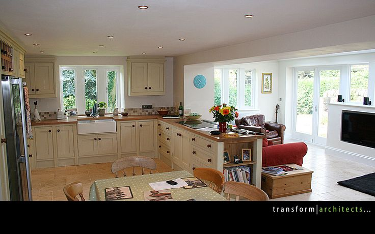 Nice splitting of the family living area to create different spaces