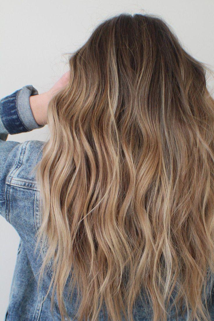 Brunette balayage caramel highlights seashore waves #brunettebalayagehair – #Balaya…