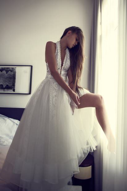 Zahavit Tshuba необычное свадебное платье с открытой спиной в стиле рустик, бохо-шик