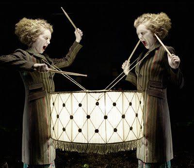 Eugenio Recuenco  ブリキの太鼓のオマージュ?