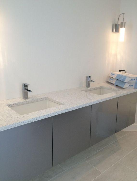 Miralis bathroom